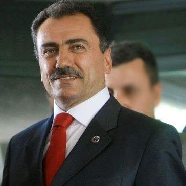 Muhsin Yazıcıoğlu veÜşüyorum
